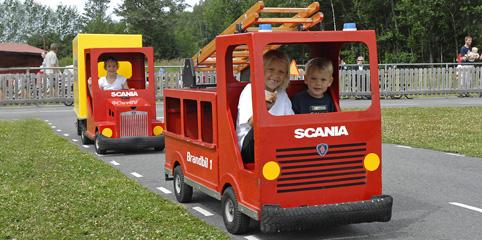 Utflykt med barn Sörmland. Lådbilslandet Nykvarn öppnar 6 maj