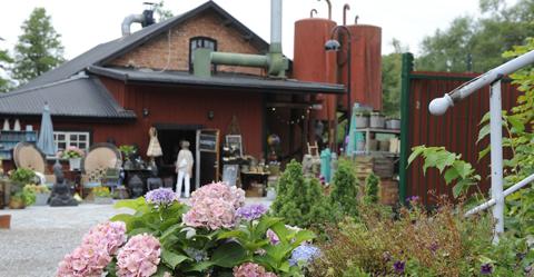 Inredning för hem, trädgård och balkong. Mångfaldens Hus i Turinge Sörmland