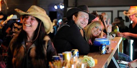 Western Party den 5 sept 2015 i Nykvarn – Rockabilly.nu